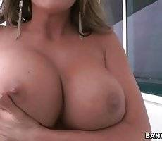 Amazing Mommy Longs For Juicy Cock 1